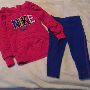 Nike hoodie and leggings set